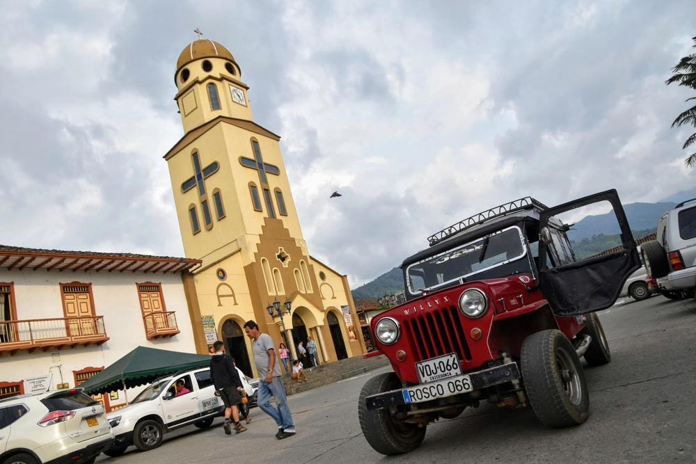 Willys Eje Cafetero Colombia